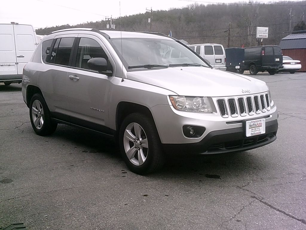 2013, JEEP 4x4 COMPASS LATITUDE Images